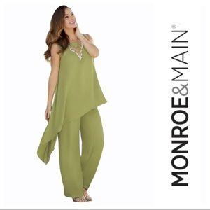 Monroe & Main Viscose Green Woman's Taj Pant Set